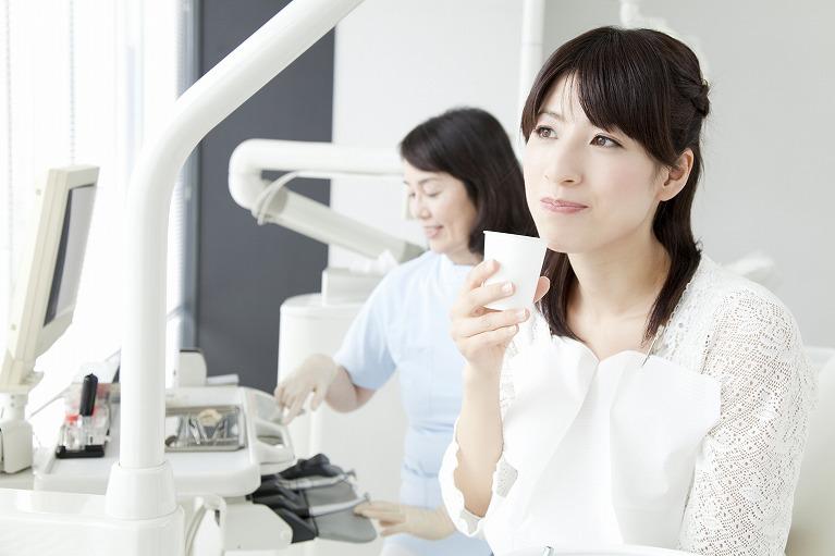 一生自分の歯で噛めるようになるためには、定期的なメンテナンスが必要です
